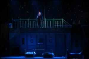 Bert na střeše domů Banksových