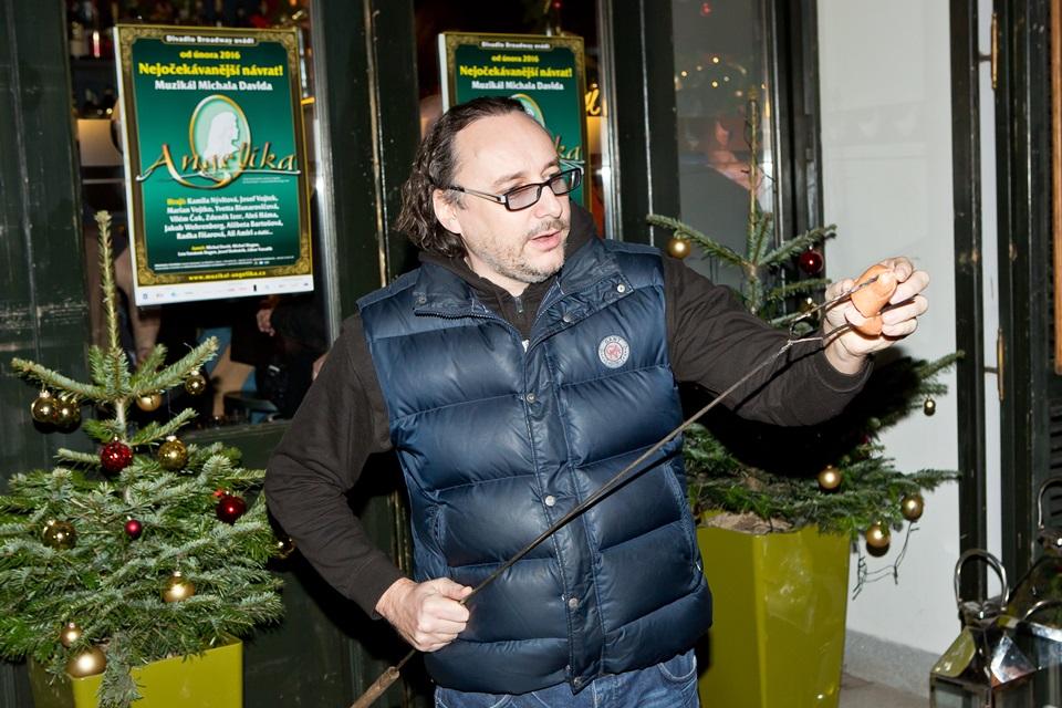 Vánoční večírek Divadla Broadway proběhl opět U Slepiček
