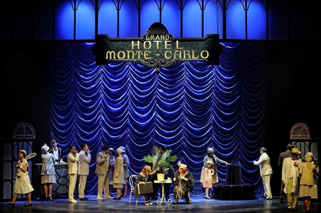 Scéna v hotelu Monte Carlo