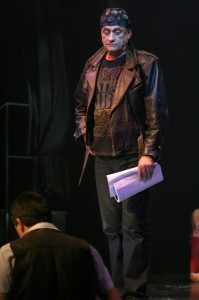 Jeho hvězdného a opileckého kolegu Frantu věrně zahrál Richard Tesařík.