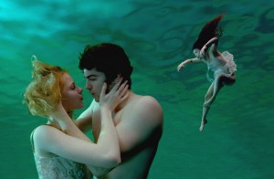 Evan Rachel Wood, Jim Sturgess a T.V. Carpio