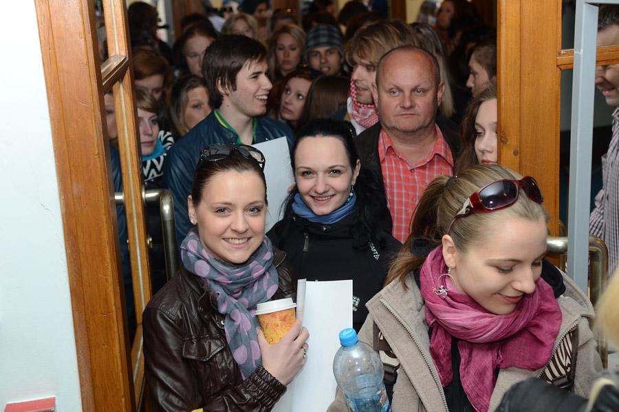 """Na konkurzy """"Pomády"""" v Divadle Kalich dorazilo rekordních 400 lidí"""