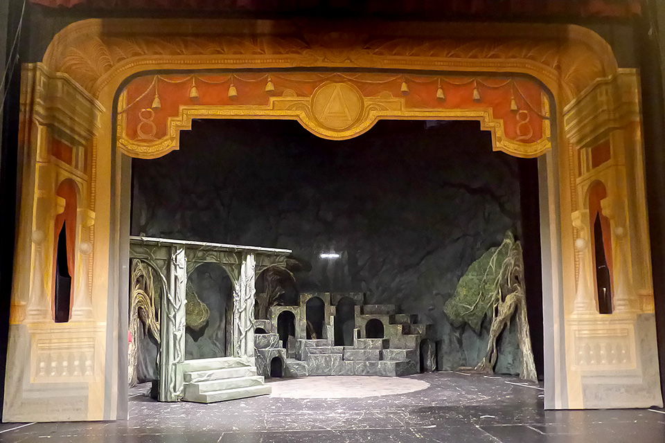 Scéna Martina Černého Alenka v kraji zázraků