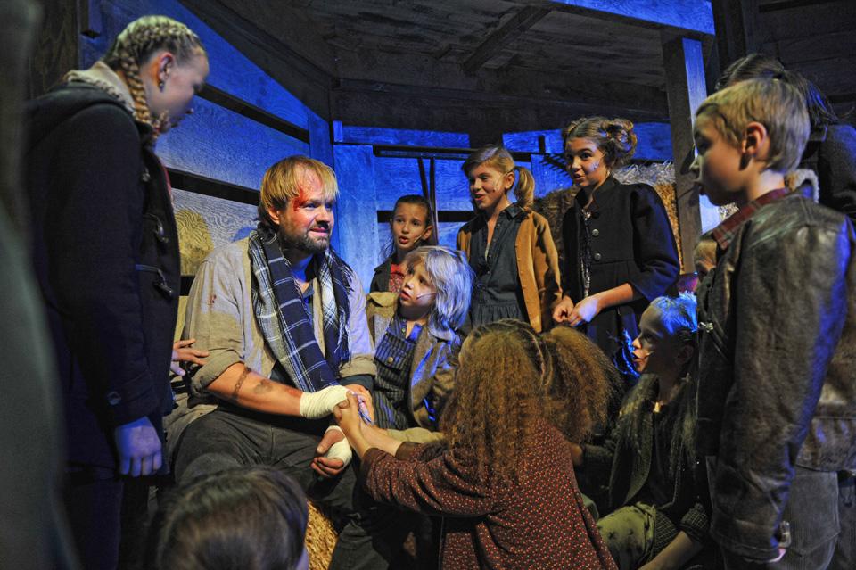 Pískání po větru, další z muzikálů Andrew Lloyd Webbera si odbyl svou českou premiéru