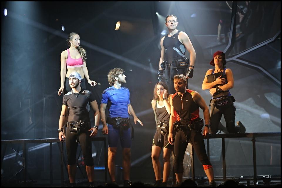 RECENZE: Muzikál ATLANTIDA nedosáhl na vysoce nastavenou laťku Divadla Kalich (+ videa)