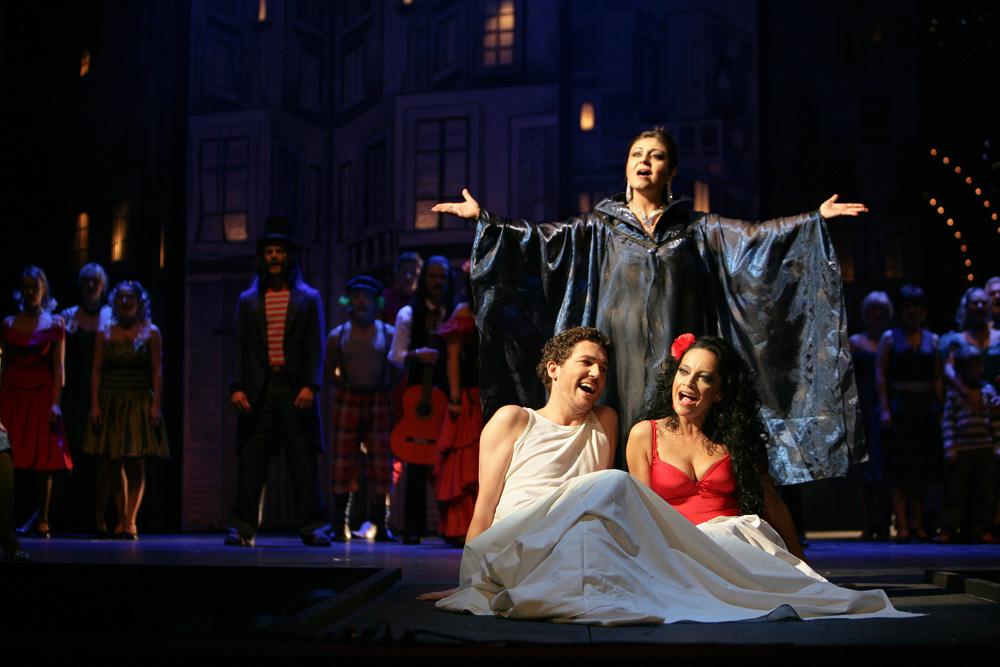 Smyslná CARMEN se vrátila na jeviště Hudebního divadla Karlín