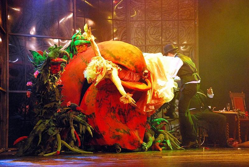 ADÉLA JEŠTĚ NEVEČEŘELA se v říjnu 2016 vrátí do Divadla Broadway