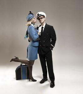 Aaron Tveit coby Frank Abignale Jr. s půvabnou letuškou
