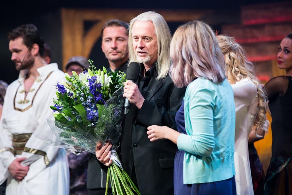 Robert Johanson na premiérové děkovačce
