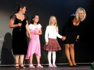 Magda Malá a Kateřina Brožová se svými dětmi