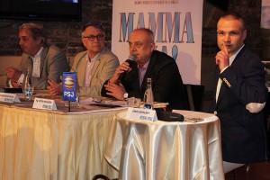 Adam Novák (překlad a české texty), Antonín Procházka (režie), Peter Kovarčík (producent) a Janis Sidovský (PR manažer)