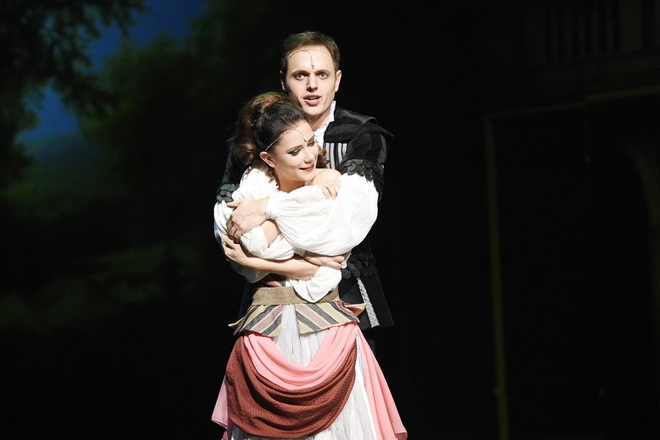 Jan Kříž a Ivana Korolová v muzikálu Mefisto