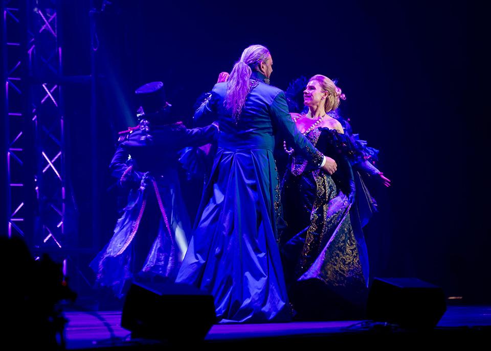 Leona Machálková v muzikálu Dracula
