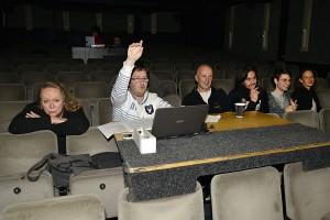 Ľubo Dolný zahajuje společně s autorským a tvůrčím týmem sedací zkoušku