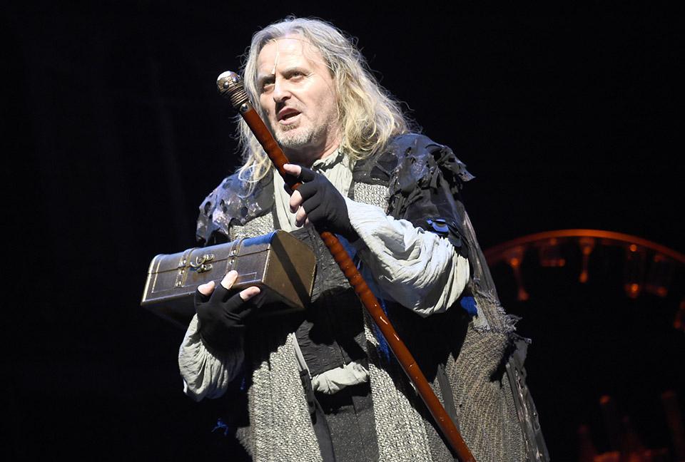 Josef Vojtek Mefisto muzikal Divadlo Hybernia