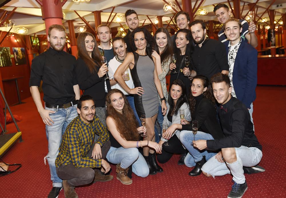Qaša a její taneční company