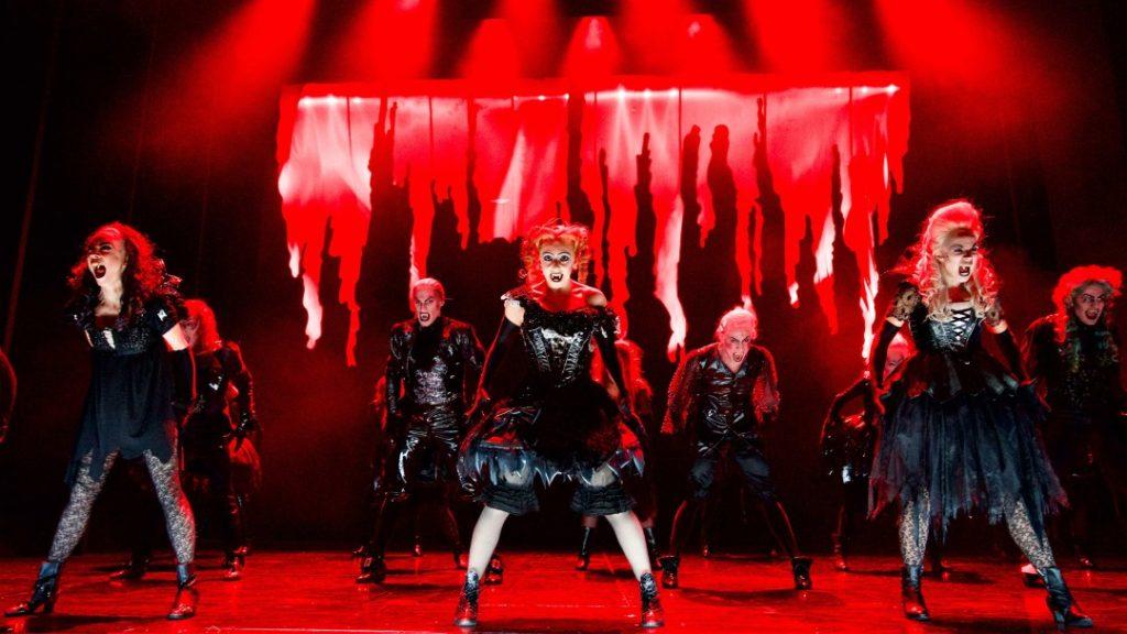 Finálová scéna Tanz der Vampire