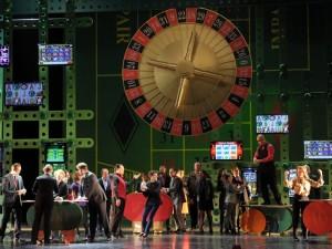 Premiérové uvedení v Darmstadtu (2013, foto Barbara Aumüller)
