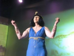 Chci královnou se stát (Lenka Márošová)