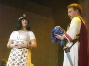 Narodil se Caesarian (Lenka Márošová a Roland Minks)