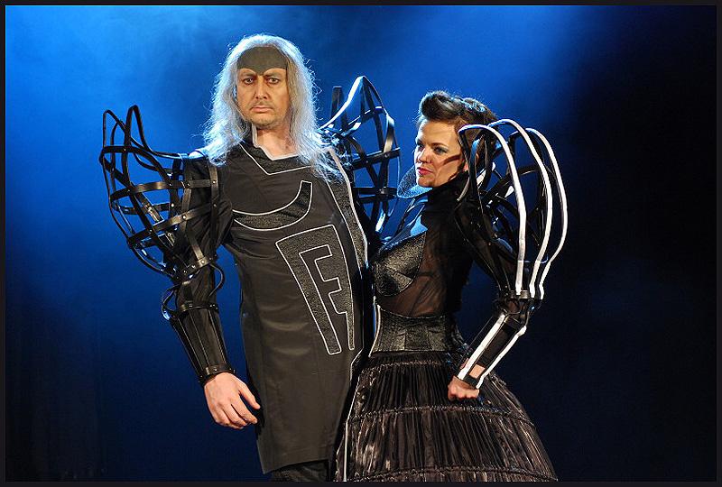"""Protagonisté muzikálu """"Kat Mydlář"""" dozkoušeli kostýmy a nafotili program"""
