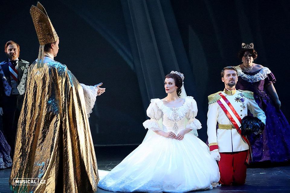 Soňa Hanzlíčková Borková a Jozef Hruškoci Muzikál Elisabeth Divadlo J. K. Tyla v Plzni DJKT
