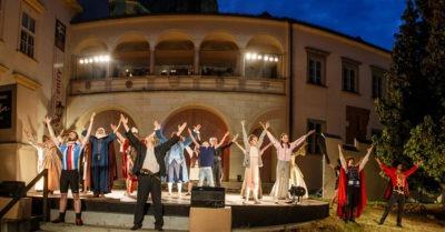 Městské divadlo Brno zahajuje předprodej na Léto na Biskupském dvoře  (+ program)