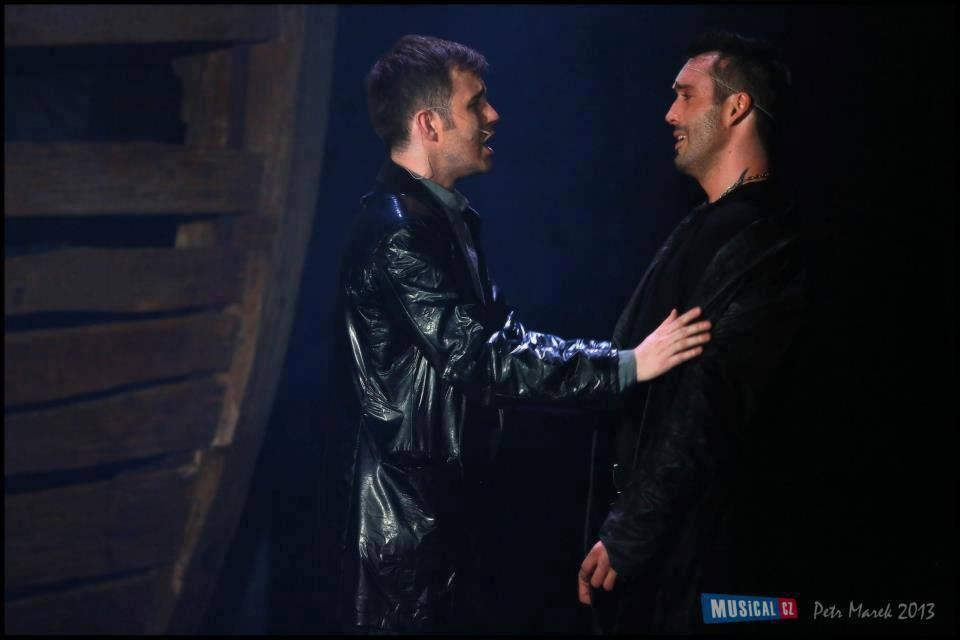 Hamlet s Václavem Noidem Bártou (foto Petr Marek)
