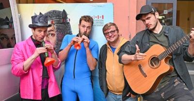 Divadelní dvorana Městského divadla Brno se rozezněla hudbou a zpěvem