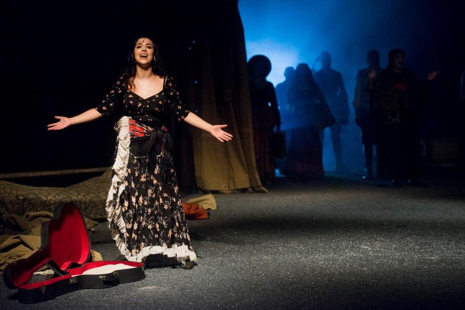 Mária Bikárová, Cikáni jdou do nebe, Divadlo Bez zábradlí