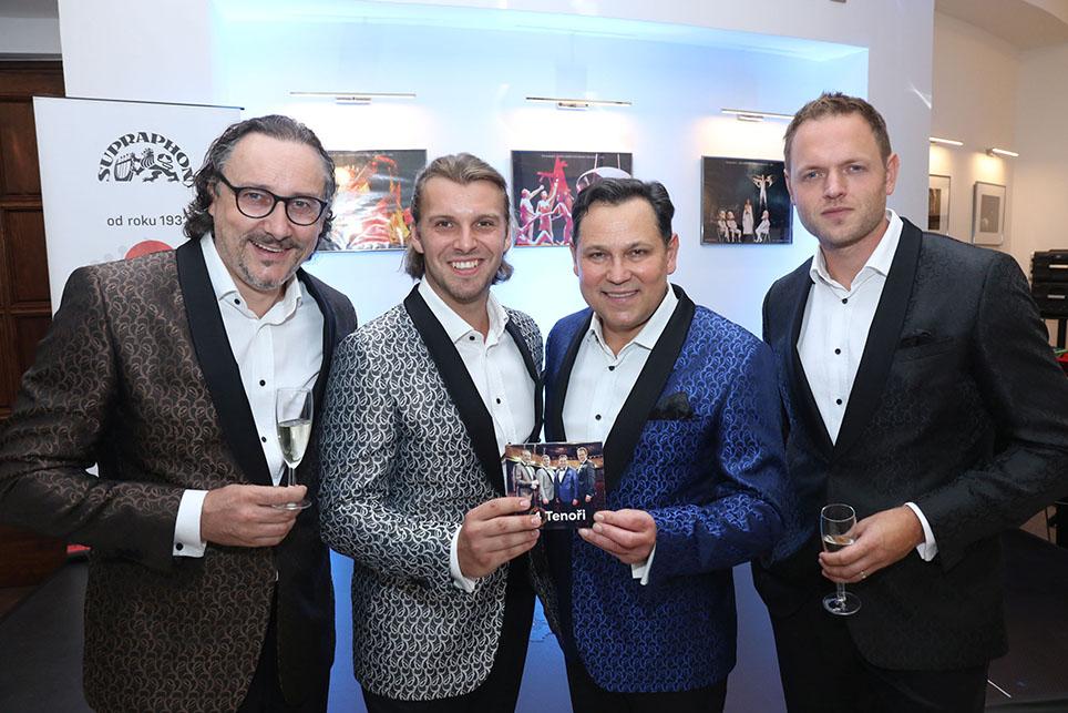 4 TENOŘI - Marian Vojtko, Michal Bragagnolo, Pavel Vítek, Jan Kříž