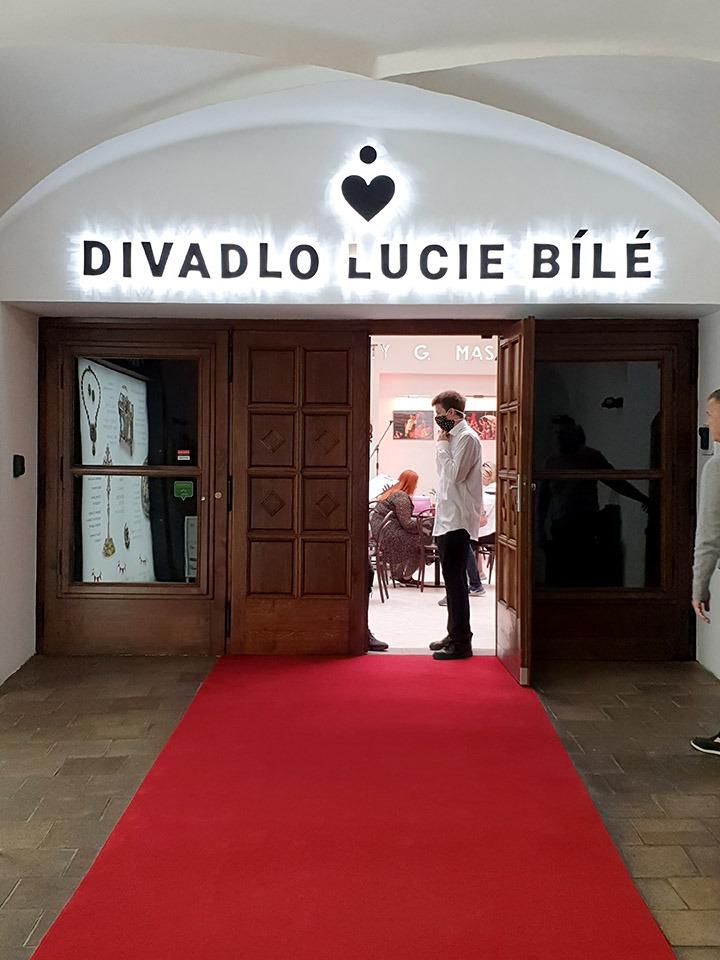 Divadlo Lucie Bílé