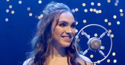 Kamila Nývltová natočila zbrusu novou vánoční píseň a přichystala online koncert