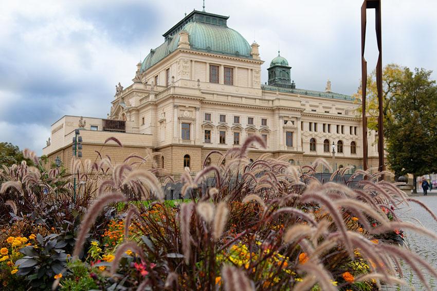 Velké divadlo DJKT (foto Irena Štěrbová)