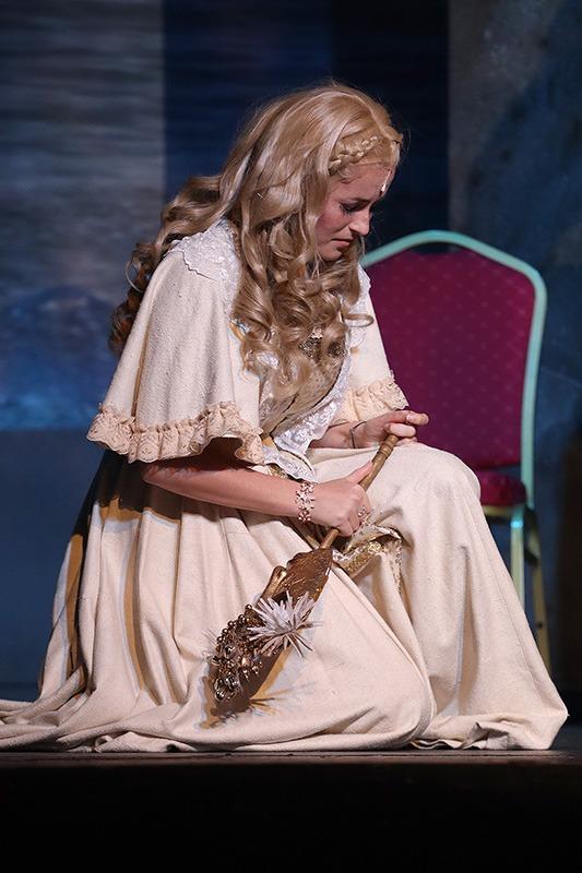 Robinson Crusoe, muzikál, Kateřina Herčíková