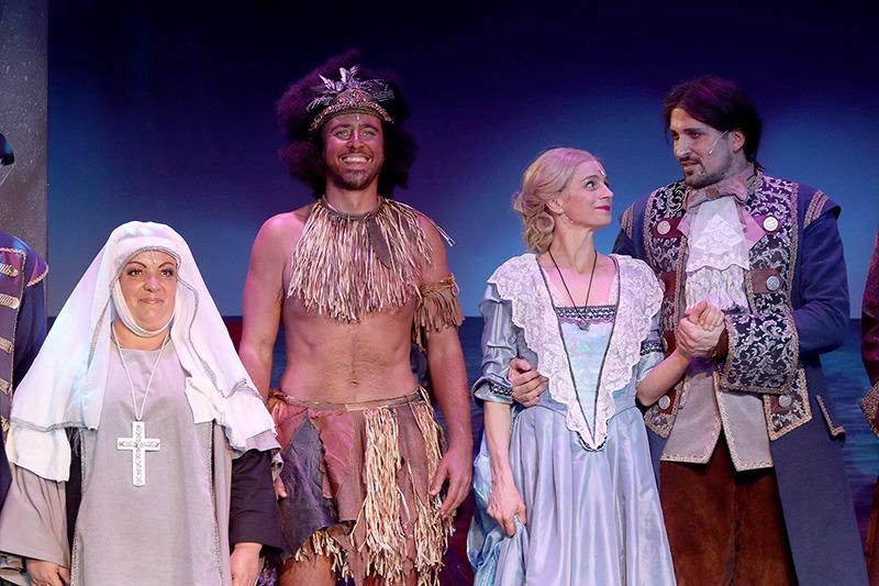 Robinson Crusoe, muzikál, Renáta Podlipská, Miroslav Hrabě, Ivana Jirešová, Radim Schwab