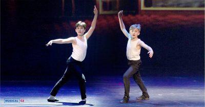 Nová generace dětských protagonistů muzikálu Billy Elliot se dočkala prvních představení před diváky