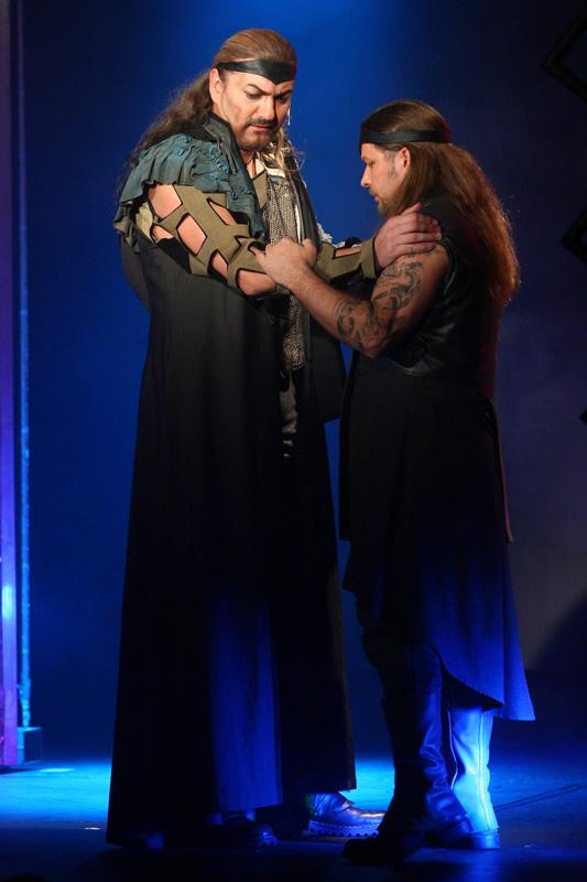 """Muzikál """"Kat Mydlář"""" – obsáhlá recenze a video sestřih z představení"""