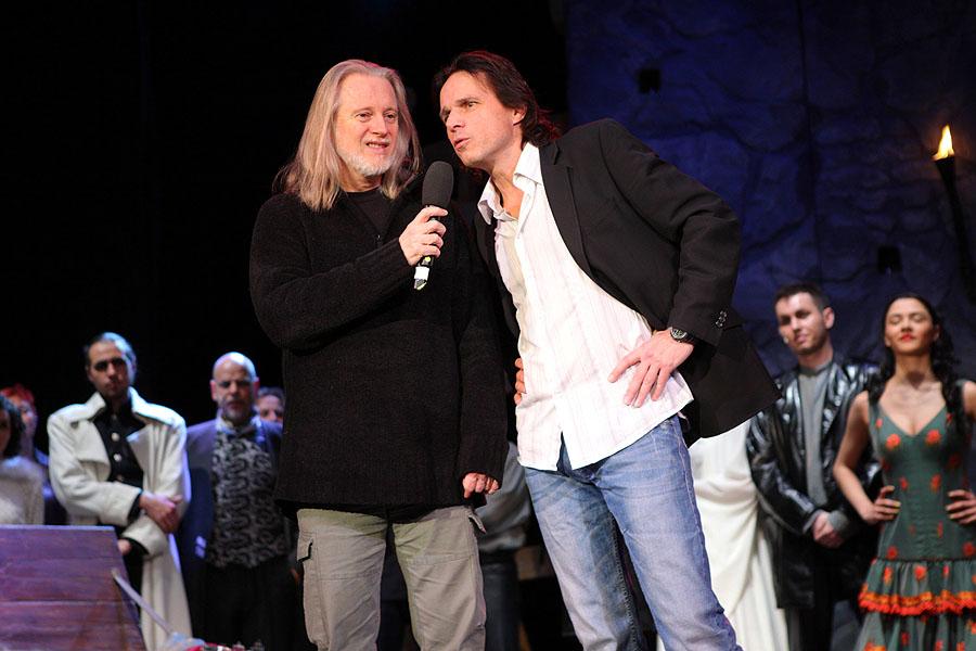 """Exkluzivní videoukázky z muzikálu 'Hamlet"""" v Divadle Broadway"""