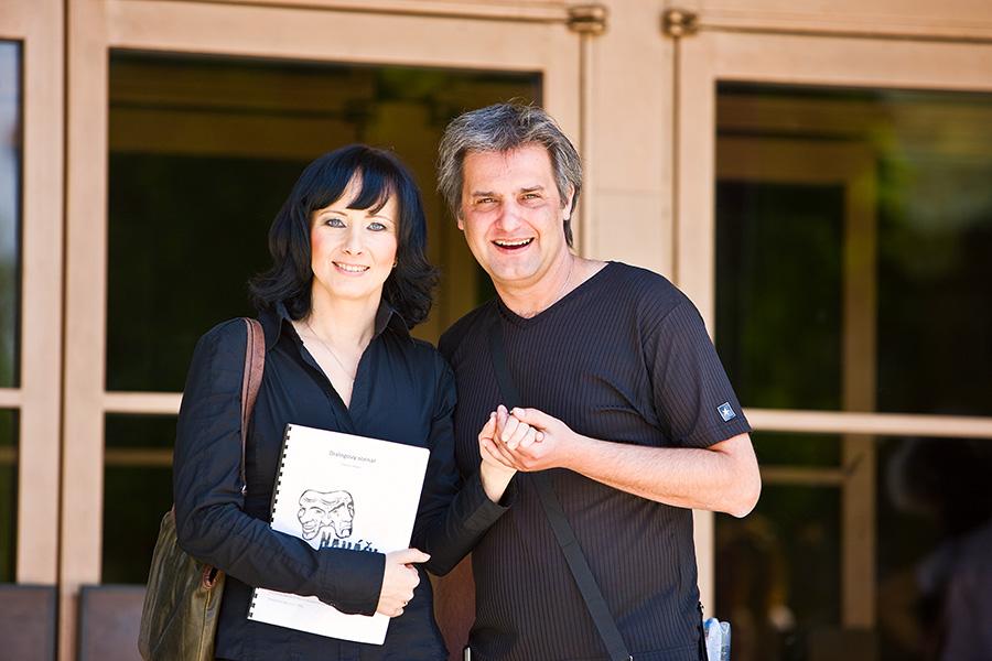 """Fotoreportáž z castingu multimediálního muzikálu """"Naháči"""", získá roli Drda či Šinkorová?"""