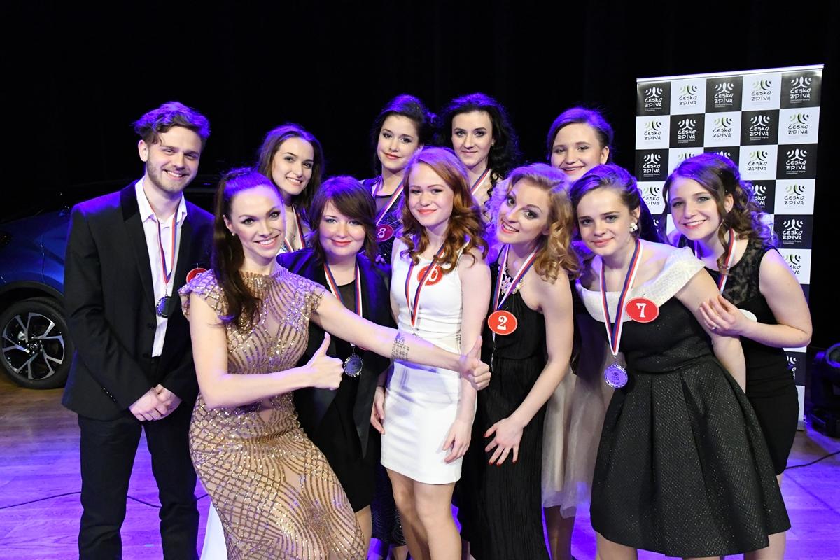 Finále pěvecké soutěže ČESKO ZPÍVÁ ovládly dívky