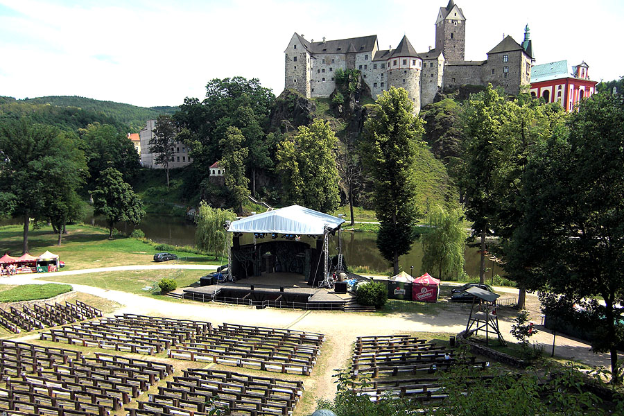 """""""Robin Hood"""" odehraje dvě open-air představení v amfiteátru Loket nad Ohří"""