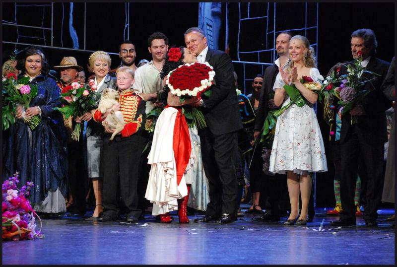 """""""Carmen"""" se rozloučila s jevištěm Hudebního divadla Karlín"""